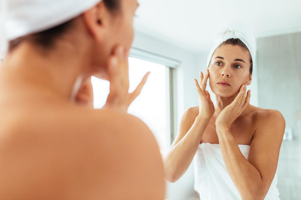 8 dicas essenciais para uniformizar o tom da pele do rosto